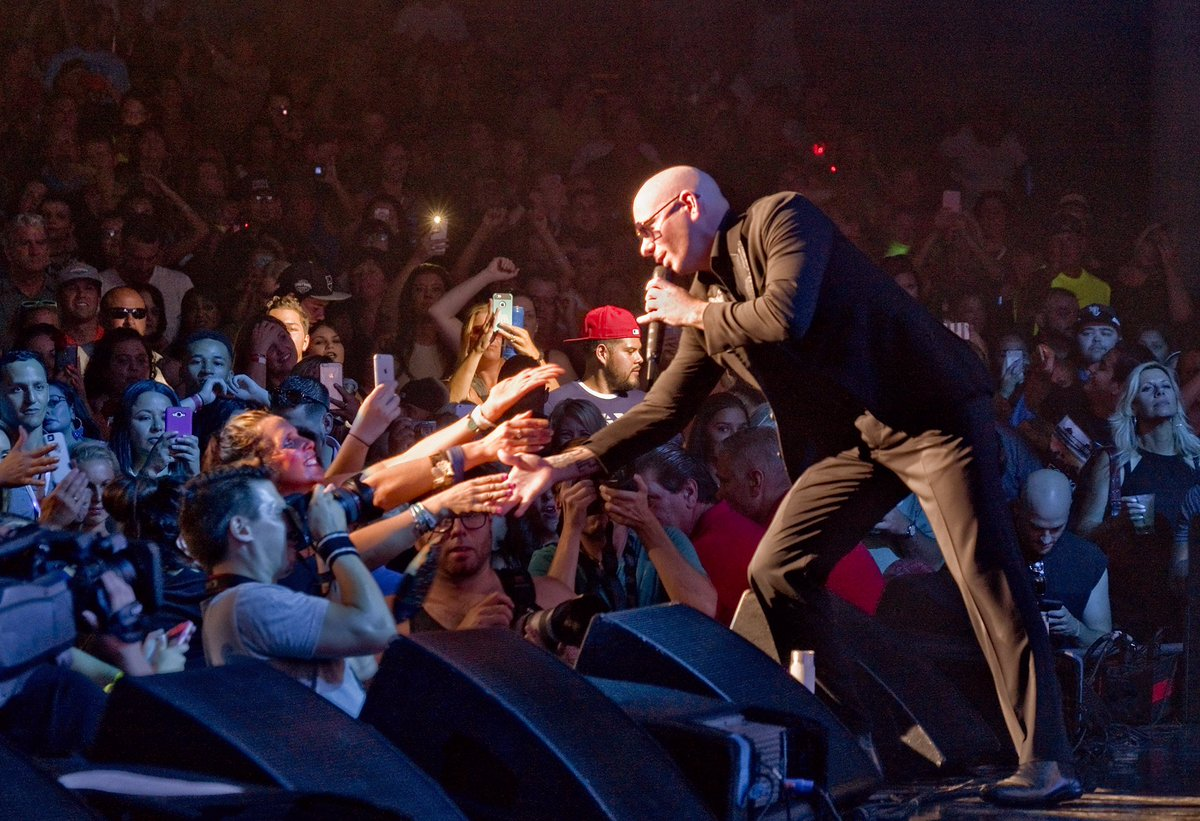 We came here to dance @WinStarWorld #Oklahoma  #Options #ClimateChange #FridayFeeling #Dale https://t.co/ahj2dSwQTy