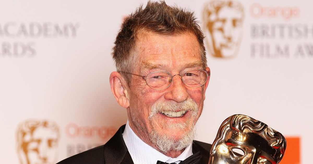 Hollywood reacts to John Hurt's death