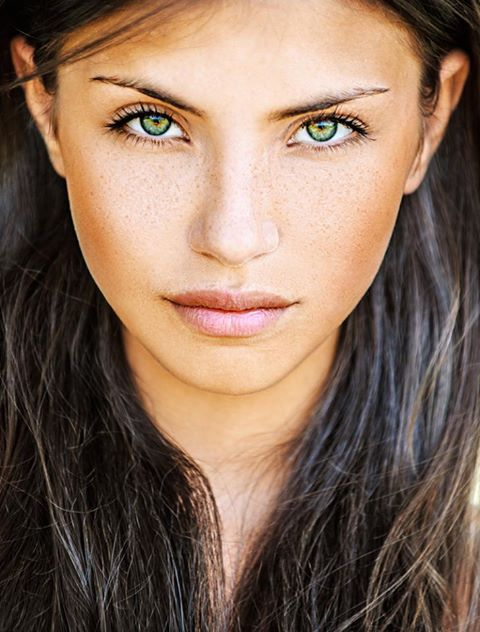 Only 2% of the world's population has green eyes. https://t.co/OPh5YgMb8m