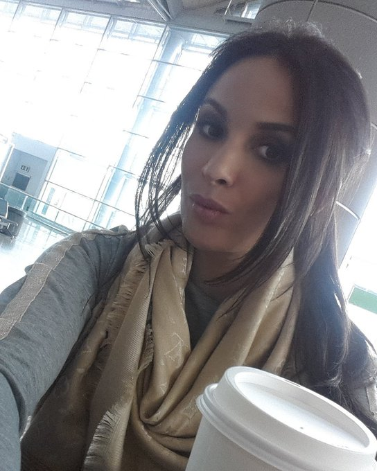 At the airport....again 😥 https://t.co/WsfzIoyikP