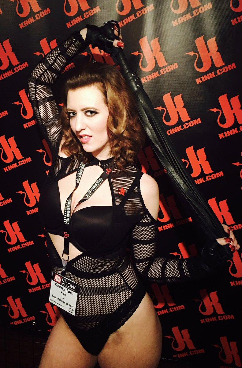 Feeling sassy at the booth. #AVN #AVN2017 bsCcpq9rvr