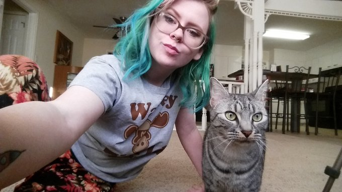 2 pic. Cats will always take a selfie with you ✌😽 https://t.co/m2J0dQFsIg