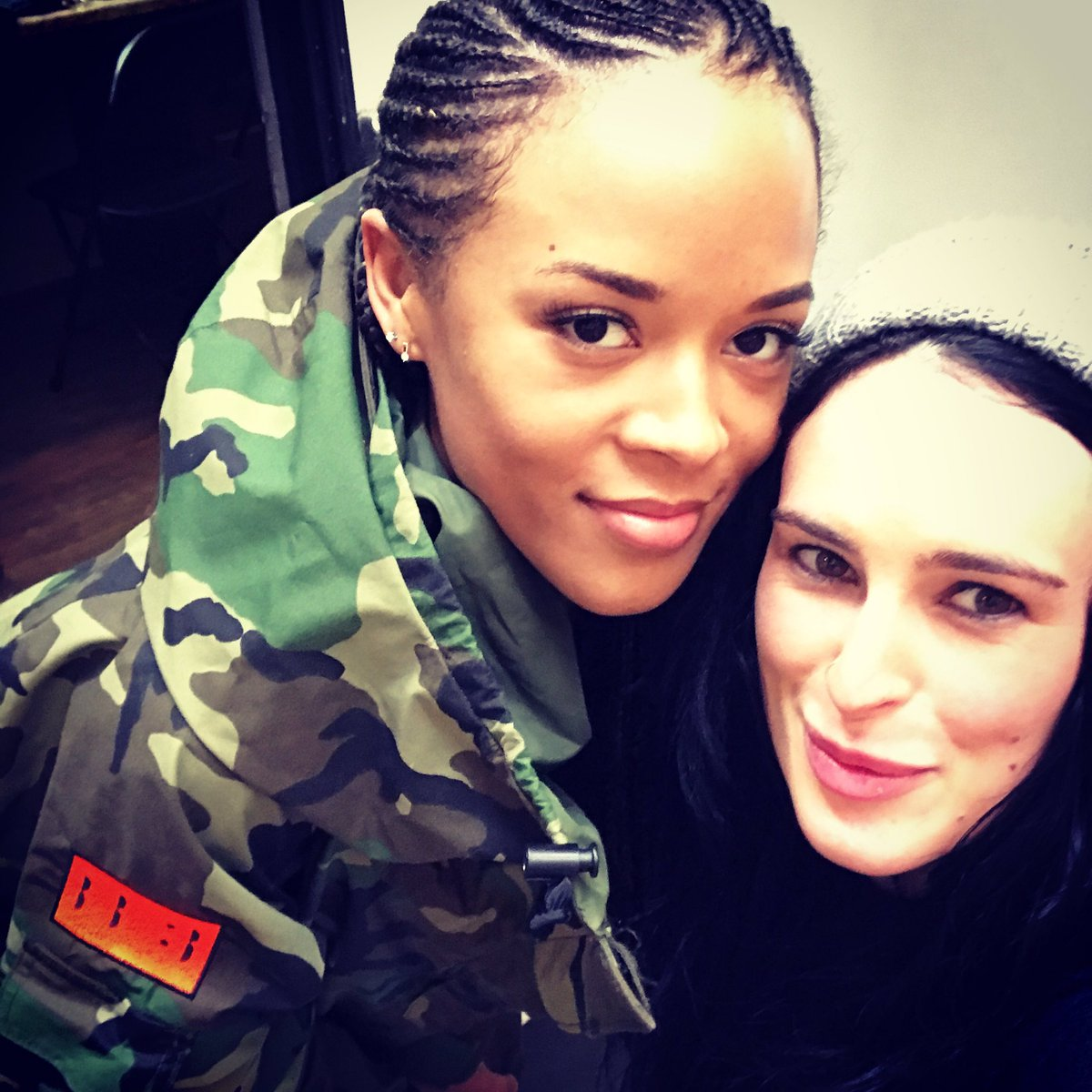 This girl is ???? @Serayah you are a gem #empirefox https://t.co/51HaAaNt33