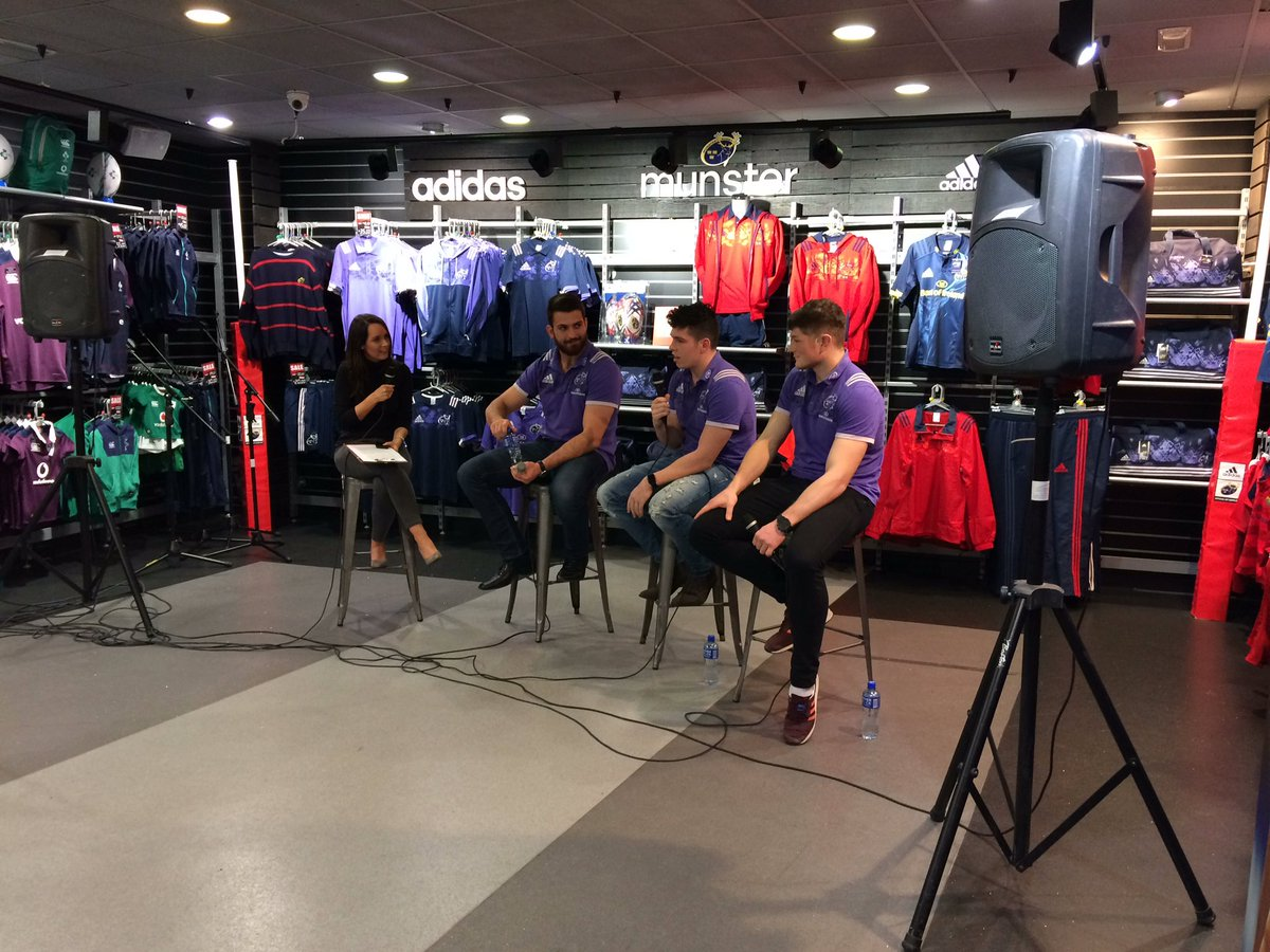Our Live Q&A just kicked off over on our Facebook page. Head over and check it out! #MunsterRising https://t.co/oxiVMdJcbB