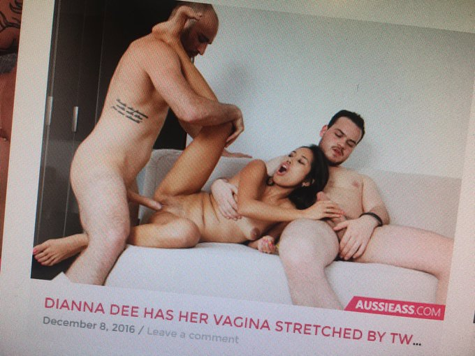 Just saw that the @DD4meeeDianne #threesome scene is coming out soon!! 😍 https://t.co/cKVFn6lkKf
