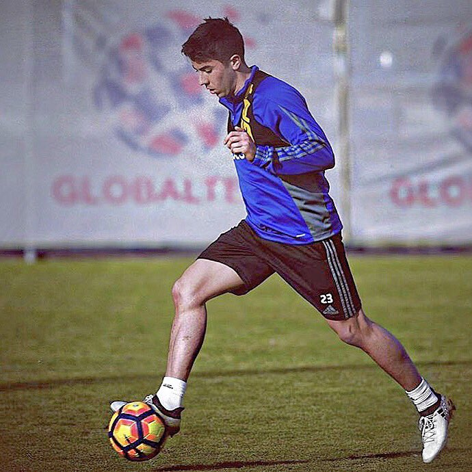 RT @carlosdepena: Pronto para lo que viene! Vamos Oviedo! Ready for what is coming! 🔵⚪️ https://t.co/UFRd72KKO9