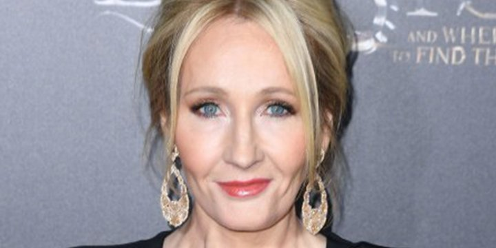 J.K. Rowling responds to fans burning HarryPotter books