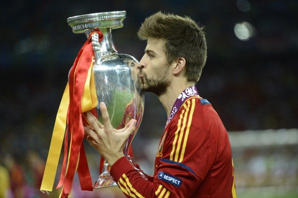 Happy 30th birthday to Gerard Pique!   He\s won 29 trophies in total for club and country.