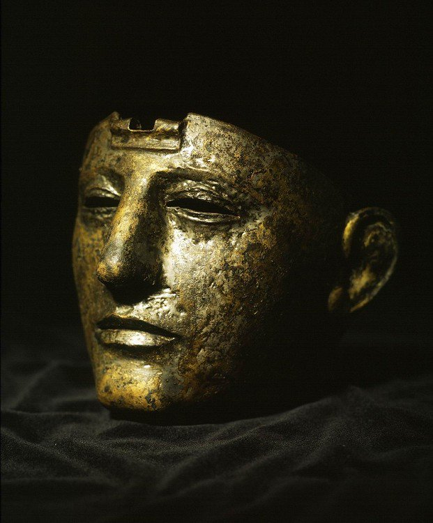 Roman bronze mask coated with silver. 100 - 75 AD. https://t.co/MdeAhaK45o