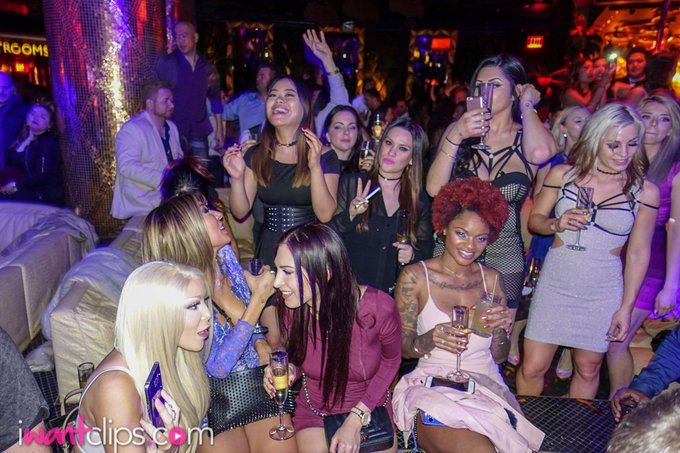 Remember that EPIC #iwantclips after party during AEE 2017? #takemeback #throwback #tbt #iwantclipsaee