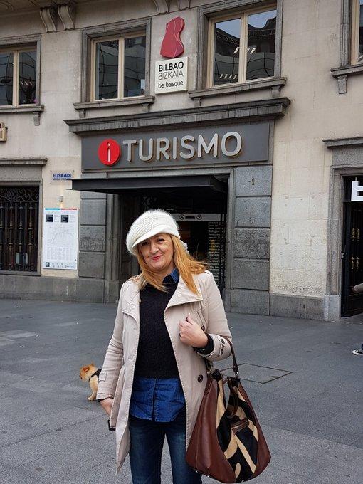 Por primera vez estamos en Bilbao @brunoymariax https://t.co/ebmpyr01ub