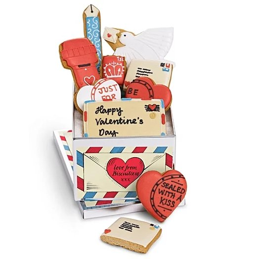 It's FreebieFriday! For your chance to WIN this BiscuiteersLtd, simply RT and follo