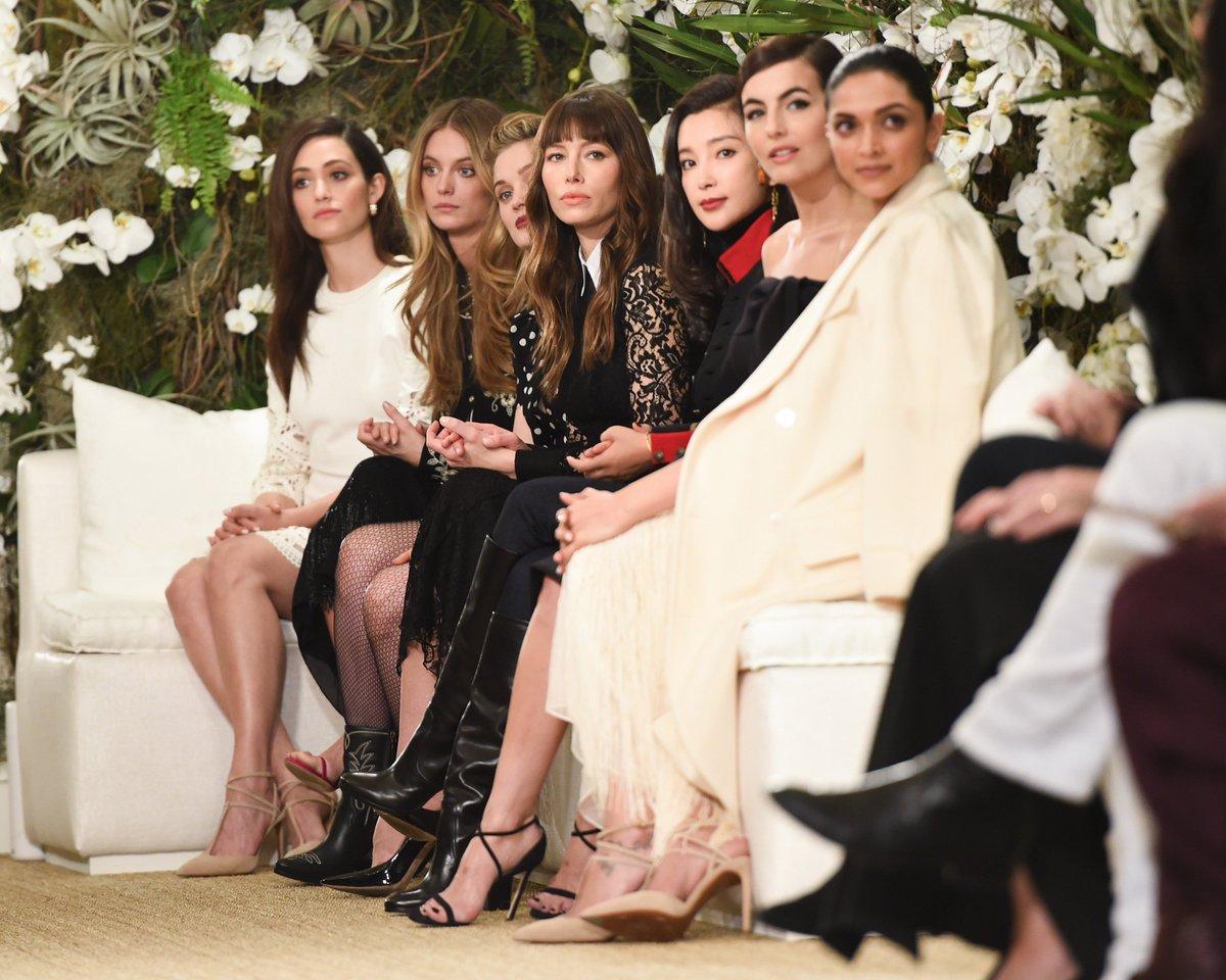 Front row at Ralph Lauren February 2017 Fashion Show #NYFW #RLRunway https://t.co/K1pkDyz7uX