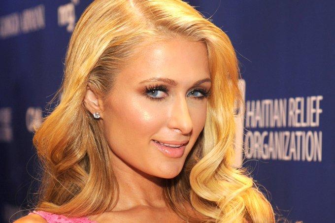 [MOMENT] Ternyata Paris Hilton juga berulang tahun ke-35. Happy birthday :3