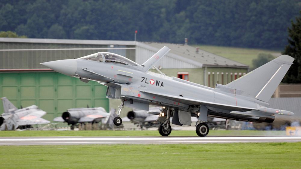 Austria sues Airbus and Eurofighter for €1.1bn