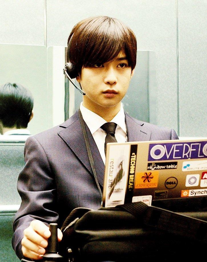 【奥山/亜人】千葉雄大すごく緊迫しハラハラするようなシーンにも立ち会え、綾野さんのストイックな姿勢も拝見でき、すごく刺激