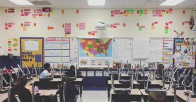 학교 안가고, 식당문 닫고, 소비 안하고…미국 곳곳서 '이민자 없는 하루 캠페인'. 미국 근로자 중 이민자 비율 23%에 달해. 이들 모두가 캠페인이 동참할 경우 미국 경제가 입는 피해 막대해 https://t.co/SDpkwyuZNQ