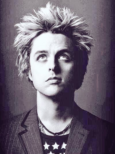 Happy birthday Billie Joe Armstrong I love your music