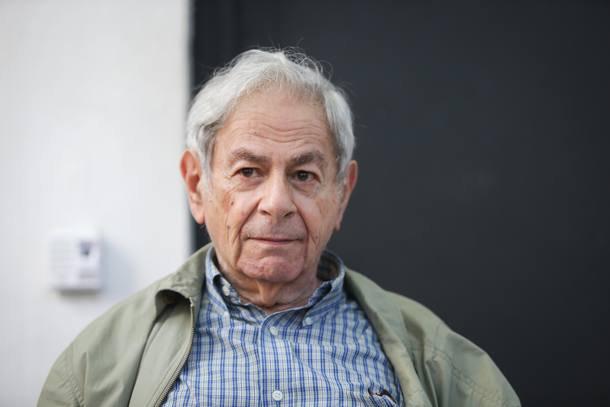 Ao receber Prêmio Camões, escritor Raduan Nassar faz duras críticas ao governo Temer