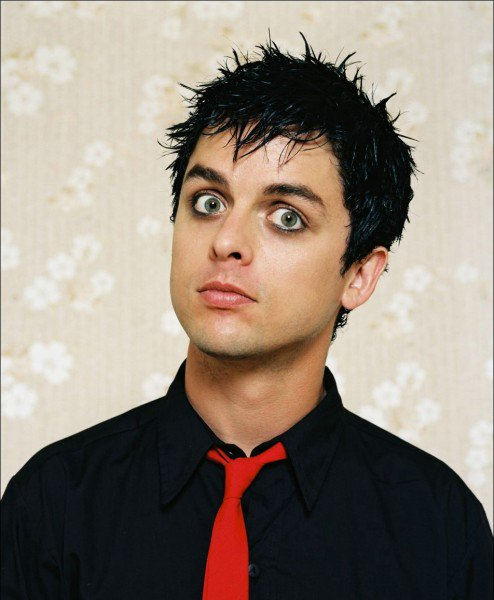 Happy Birthday Billie Joe Armstrong of 45 today!