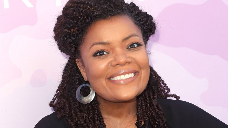 Yvette Nicole Brown to host @Syfy cosplay competiton series
