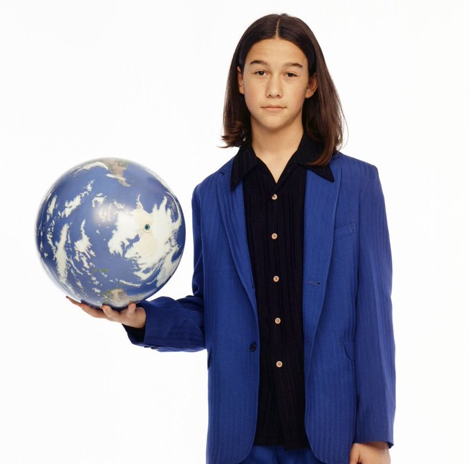 Happy Birthday, Joseph Gordon-Levitt! We\re glad you found this 3rd rock from the sun.