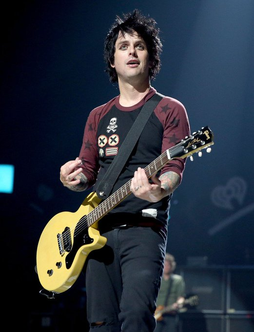 Happy Birthday to Billie Joe Armstrong, who turns 45 today!
