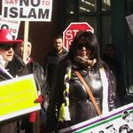 Protesters outside Masjid Toronto call for ban on Islam as Muslims pray inside