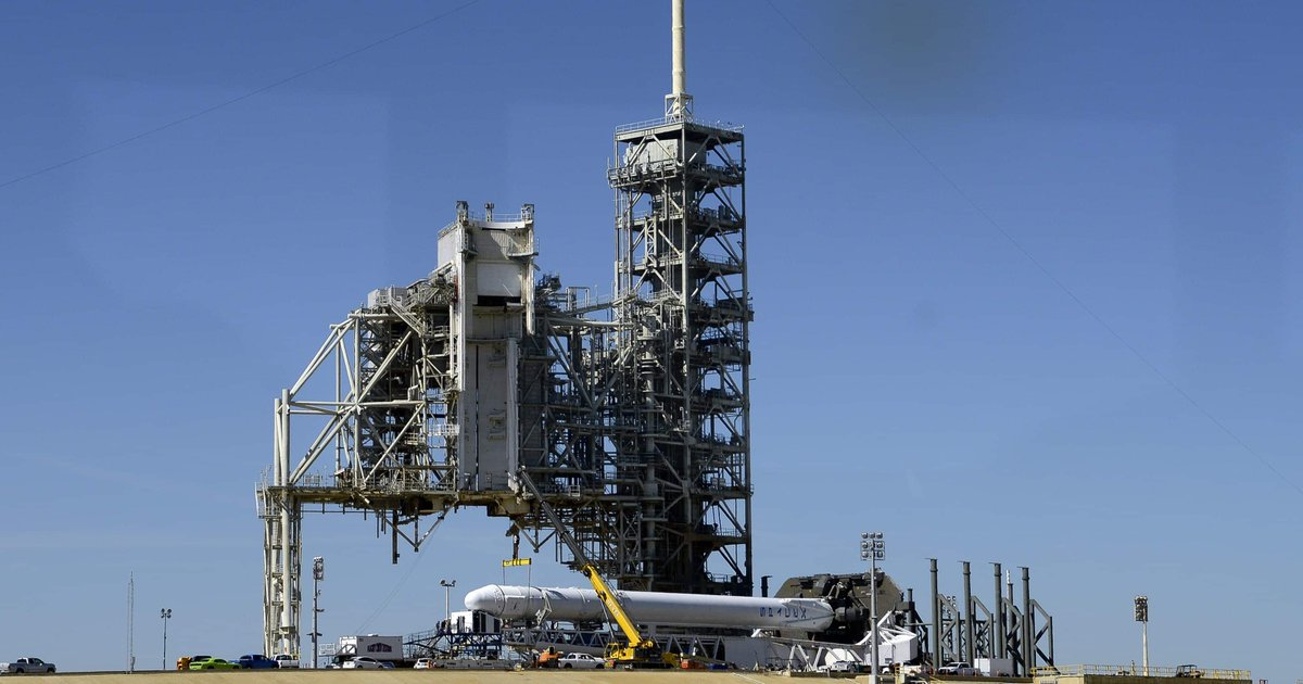 SpaceX set for historic Kennedy Space Center launch