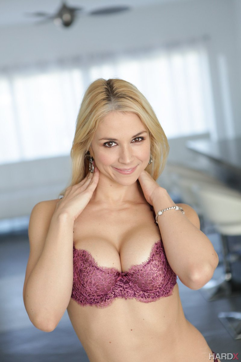 Sarah Vandella's - is a porn model. Video, photos, and ...