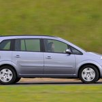Vauxhall calls for vehicle fire database following Zafira fire issue