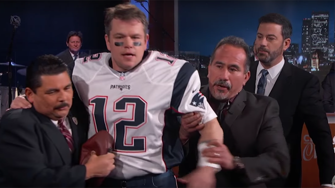 Matt Damon crashes JimmyKimmel dressed as Tom Brady (Watch)