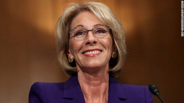 Betsy DeVos has been sworn in as US secretary of education.
