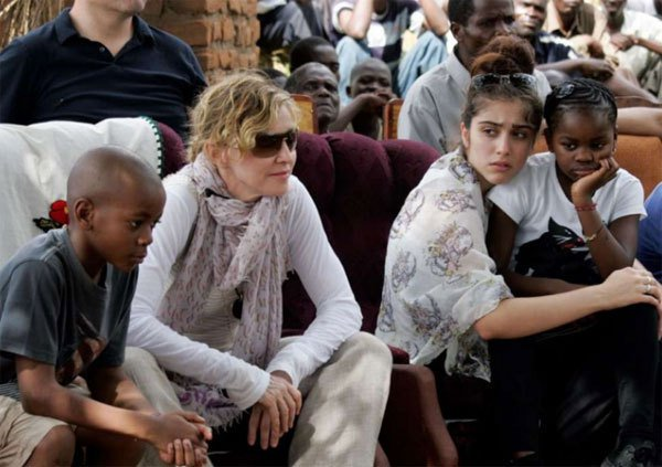 Madonna adopts 4-year-old twin girls in Malawi