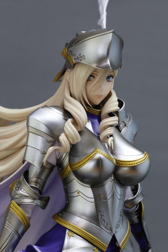 今日は「ワルキューレロマンツェ [少女騎士物語] スィーリア・クマーニ・エイントリー1/6」の上半身をピックアップ!鎧に