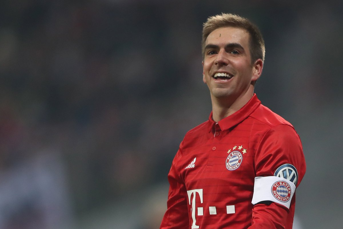 """Mehmet scholl on lahm """"he s up there with franz beckenbauer gerd"""
