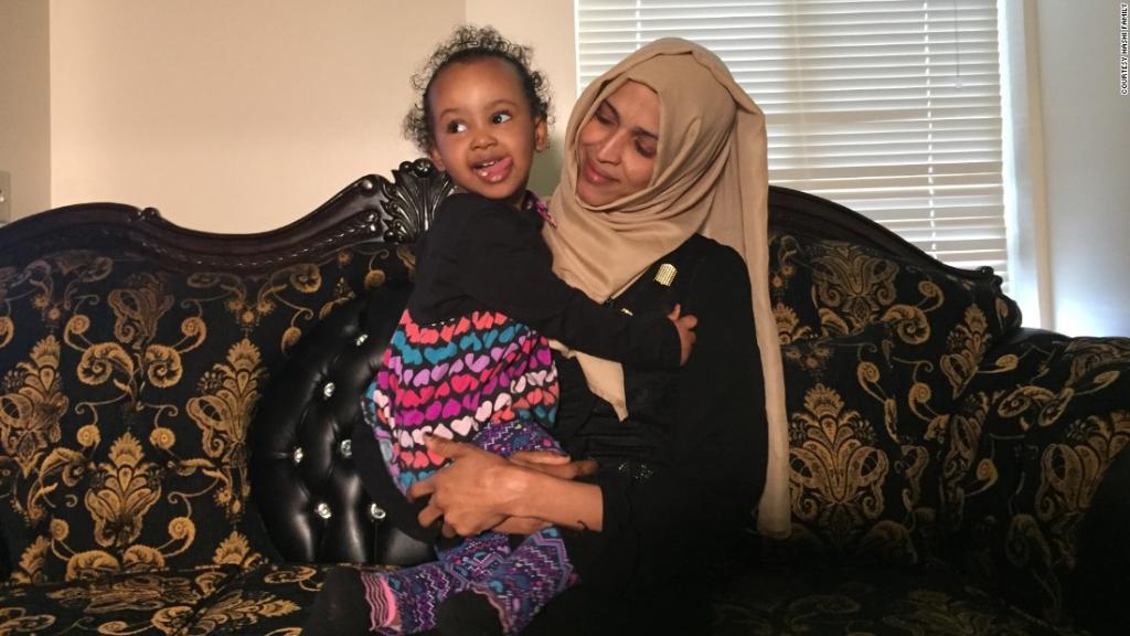 Travel ban prolongs Somali refugee family's separation