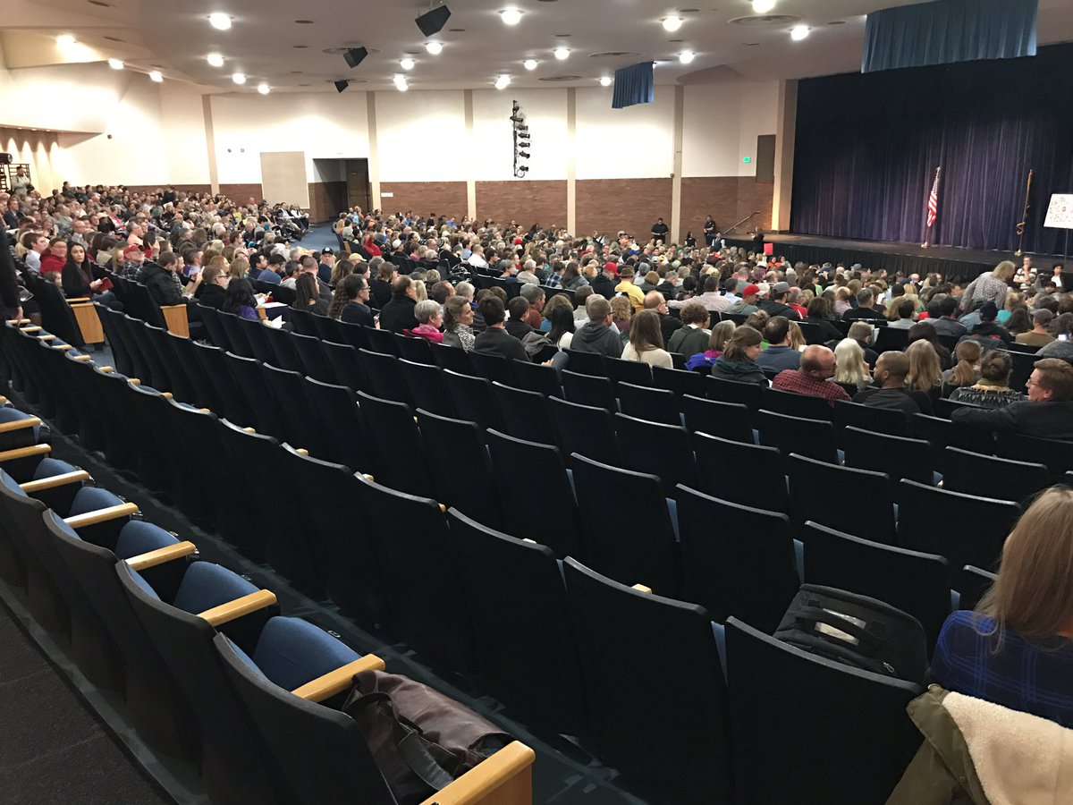 At the #Chaffetz town hall, loud boos inside that hundreds of protesters outside aren't allowed to fill these back seats: