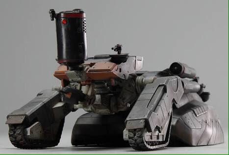 ピューパはロボットだけどシャゴホッドは戦車のイメージが強い