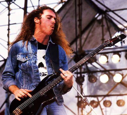 Music Happy Birthday   to Cliff Burton R.I.P