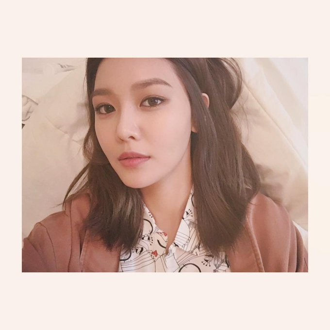 HAPPY BIRTHDAY, CHOI SOOYOUNG THE SHIKSHIN! AND YES PLEASE, SNSD COMEBACK SOON