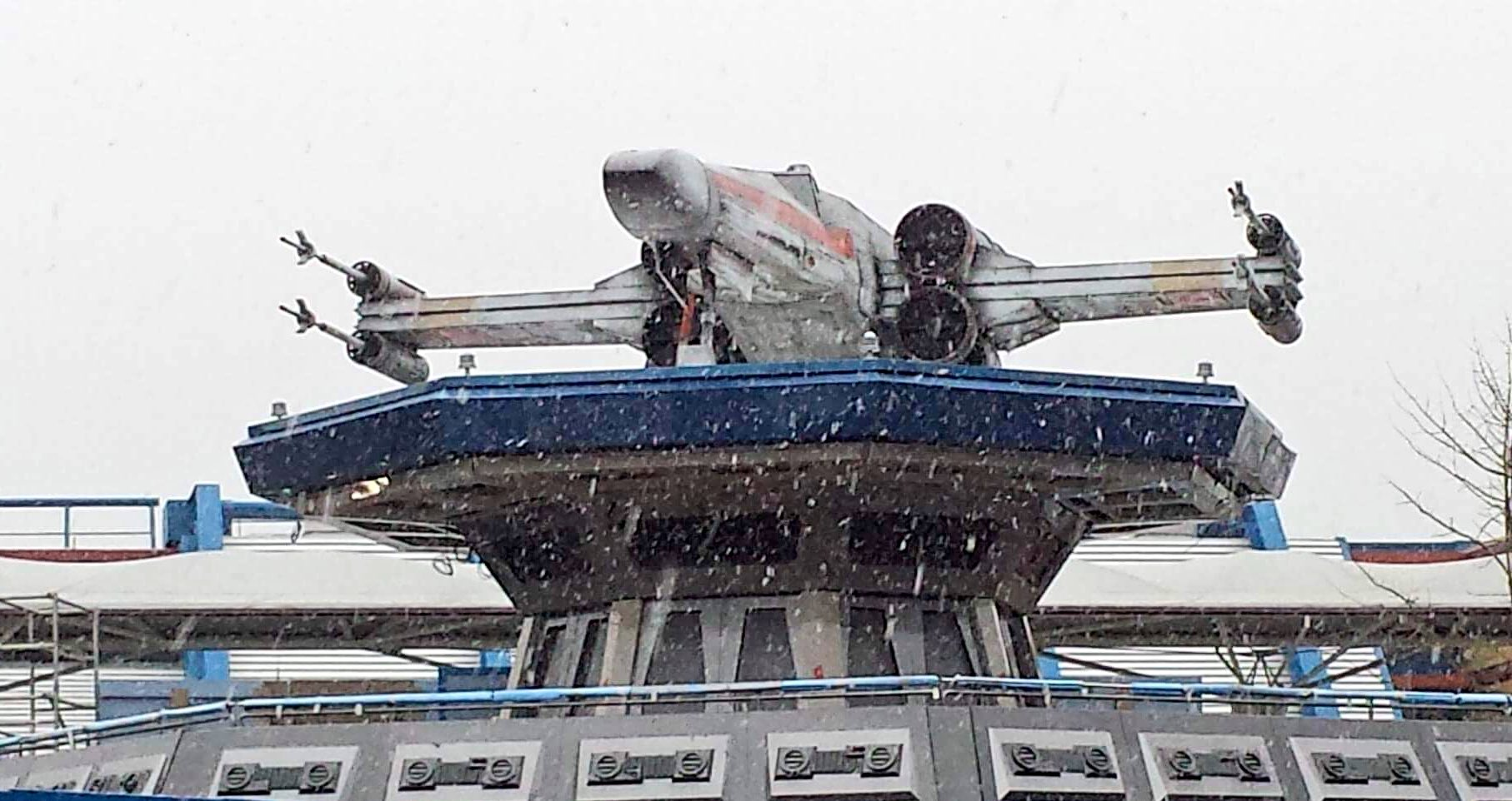 Looks like the X-Wing landed in Hoth today ❄️ https://t.co/Gycf2pYSIx