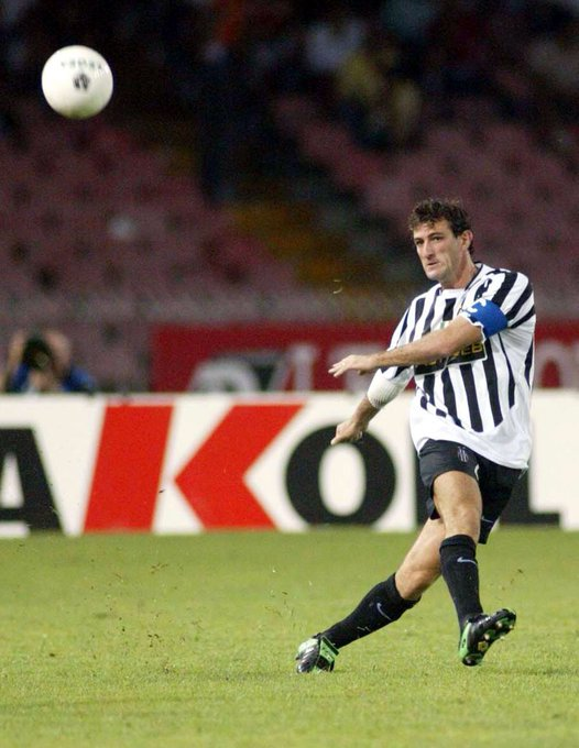 Happy birthday to Juventus legend Ciro Ferrara, who turns 50 today.   Games: 358 Goals: 20