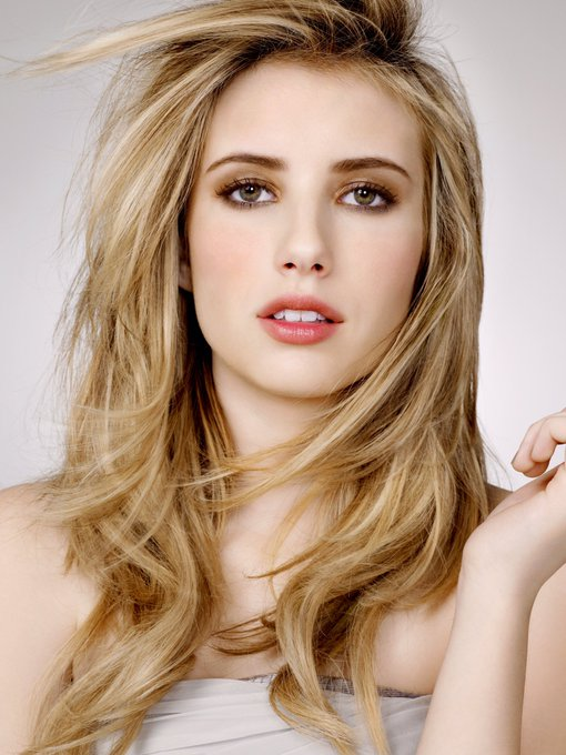 Happy birthday to the talented & gorgeous Emma Roberts! ¡Feliz cumpleaños