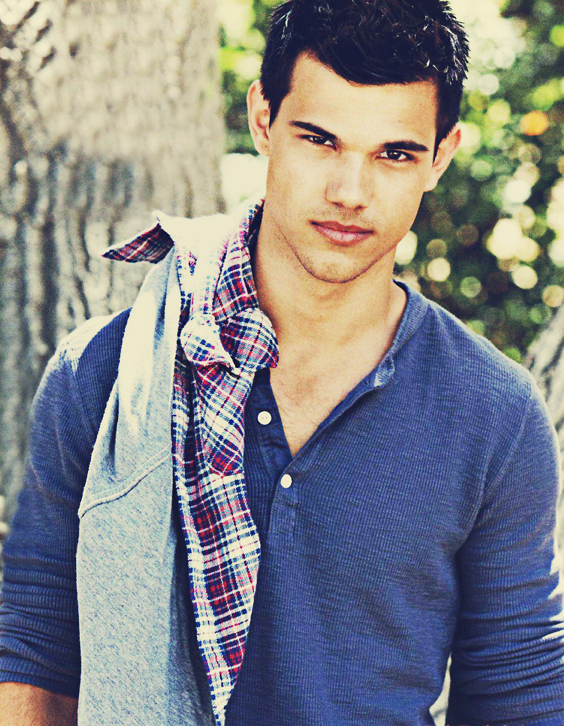 Happy birthday Taylor Lautner !