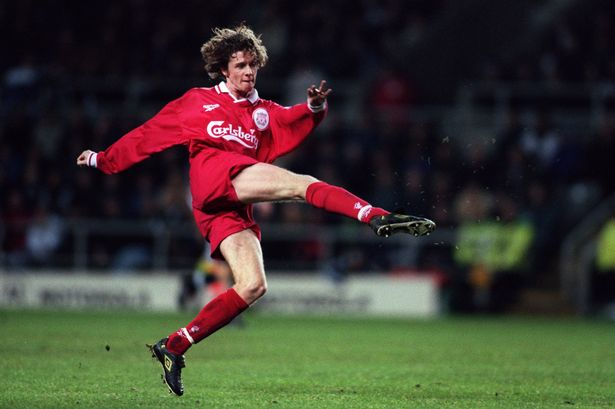 Liverpool fans line up to wish Steve McManaman a happy 45th birthday