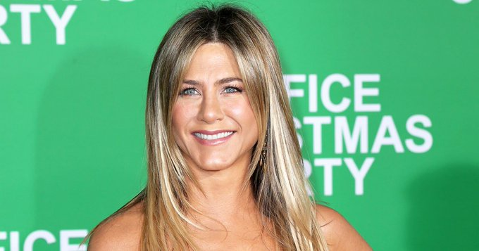 Happy 48th birthday, Jennifer Aniston!
