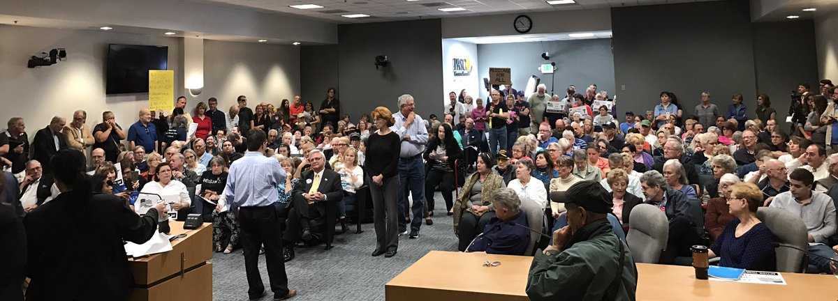 The scene in the room as Rep. Gus #Bilirakis faces an almost entirely pro-Obamacare crowd that law enforcement pegged at around 250.