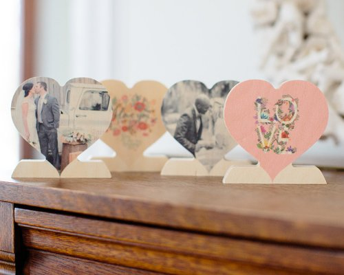 Wooden Photo Heart Shape with Stand - freestuff freebie freebies
