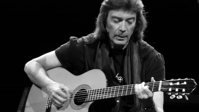 Happy birthday to Steve Hackett, who is 67 today!